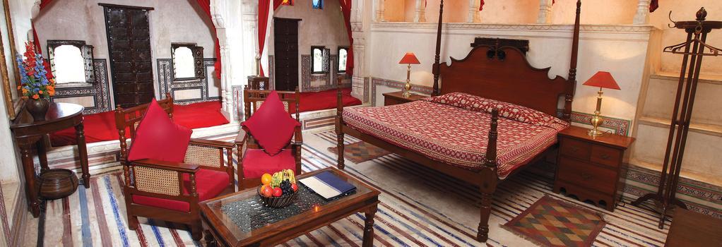 Hotel Mandawa Haveli - Mandāwa - Bedroom