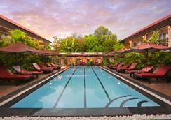 Reveal Courtyard - Siem Reap - Pool