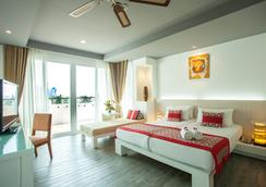 Aonang Cliff Beach Resort - Krabi - Bedroom
