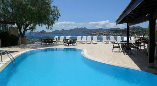 Sestra Hotel - Bodrum - Pool