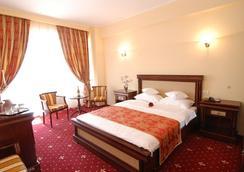 Richmond Hotel - Mamaia - Bedroom