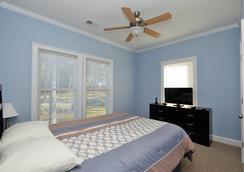 Myrtlewood Villas - Myrtle Beach - Bedroom