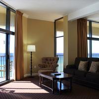 Wyndham Garden Fort Walton Beach Guest Room