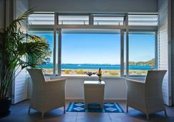 Breakfast On The Beach - Waiheke Island - Lounge