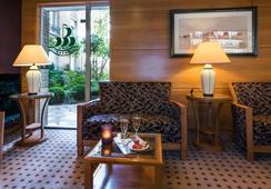Hotel De La Porte Doree - Paris - Lobby