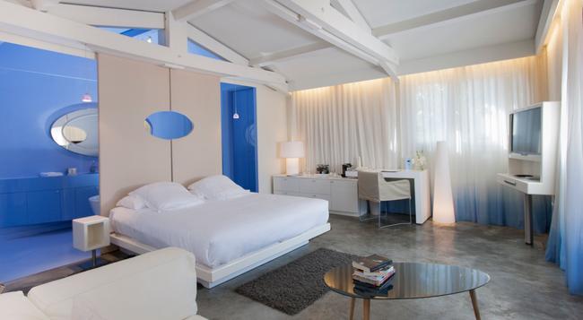 Hotel Benkirai - Saint-Tropez - Bedroom
