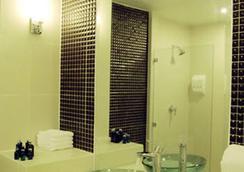 Baan Udom - Bangkok - Bathroom