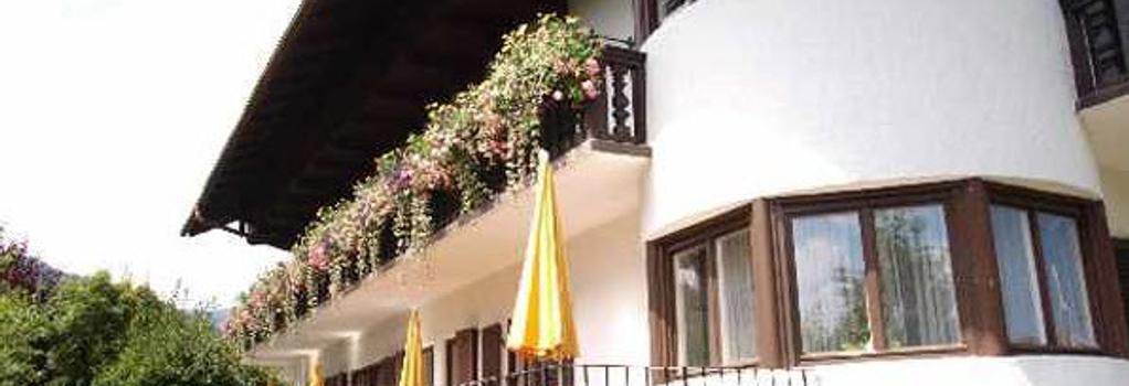 Hotel Setzberg zum See - Bad Wiessee - Building