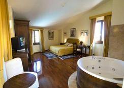 Hotel Ristorante La Bastiglia - Spello - Bedroom