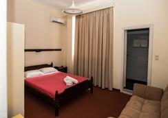 Byzantio Hotel - Kalamata - Bedroom