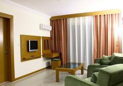 Green Forest Hotel - Ölüdeniz - Living room