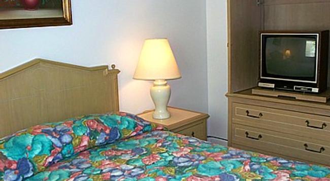 Aquarius Arms Motel - Seaside Heights - Bedroom