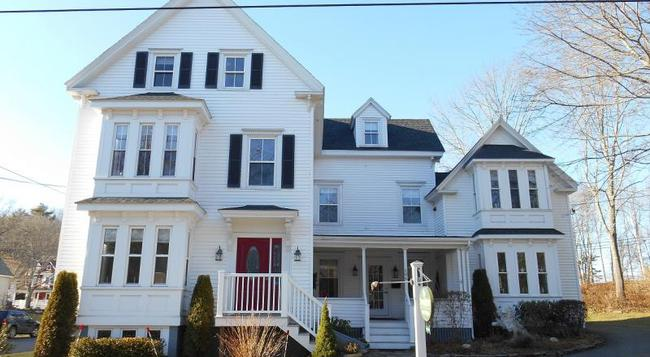 Bayberry House Bed & Breakfast - Boothbay Harbor - Building