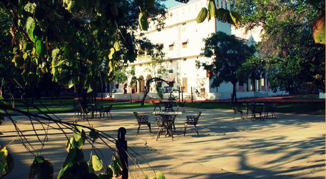 Hotel Bijay Niwas Palace - Ajmer - Building