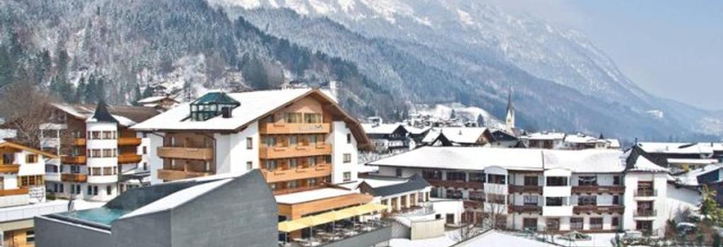 Hotel Schwarzbrunn - Stans - Outdoor view
