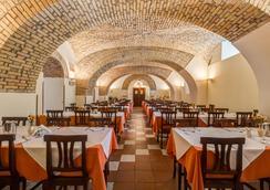 Domus Carmelitana - Rome - Restaurant