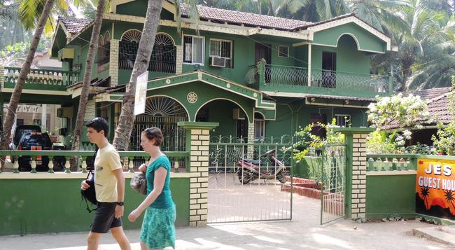Jes Guest House - Majorda - Building