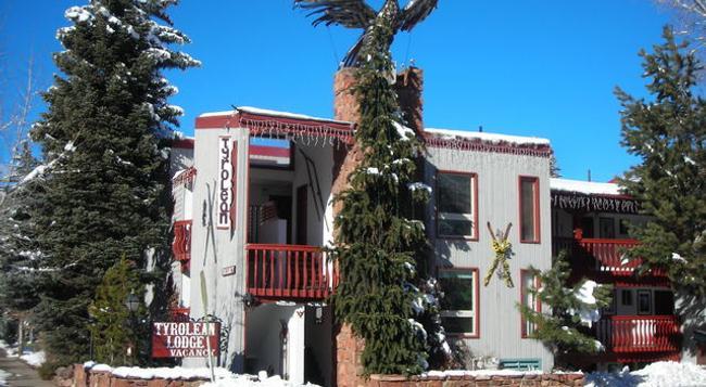 Tyrolean Lodge - Aspen - Building