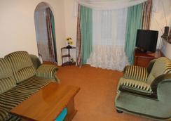 Astor Hotel - Cherepovets - Living room
