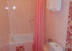 Astor Hotel - Cherepovets - Bathroom