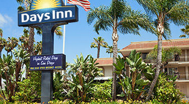 Days Inn San Diego Hotel Circle Near Seaworld - San Diego - Building