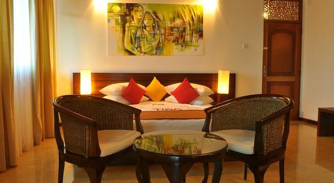 Amaara Sky Hotel - Kandy - Bedroom