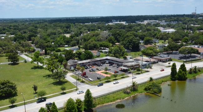 Lakeview Motel - Lakeland - Building