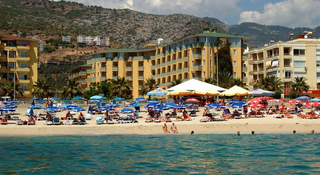 Kleopatra Dreams Beach Hotel - Alanya - Building