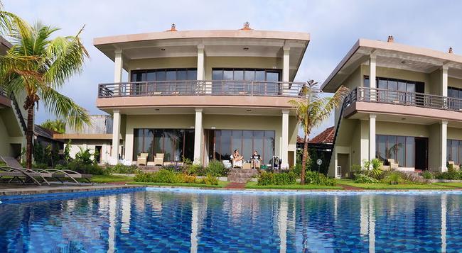 Ocean View Dive Resort Tulamben - Karangasem City - Outdoor view