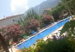 CC's Butik Hotel - Fethiye - Pool