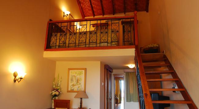Bellapais Monastery Village - Kyrenia - Bedroom