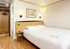 Hotel Campanile STRASBOURG OUEST - Zénith - Strasbourg - Bedroom