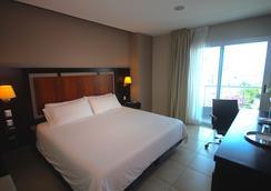 Hotel Perla Spondylus - Manta - Bedroom
