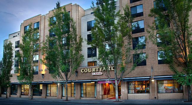 Courtyard by Marriott Portland City Center - Portland - Building