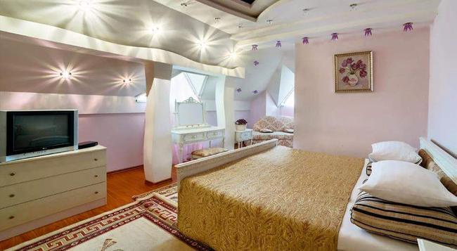 Ezio Palace Hotel - Chisinau - Bedroom