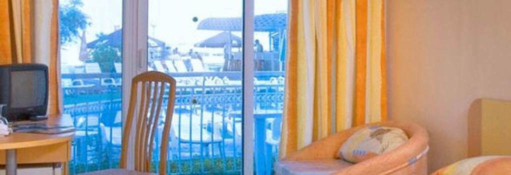 Hotel Kaliopa - Albena - Bedroom
