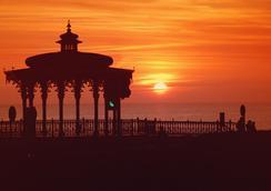 The Brighton Hotel - Brighton - Attractions