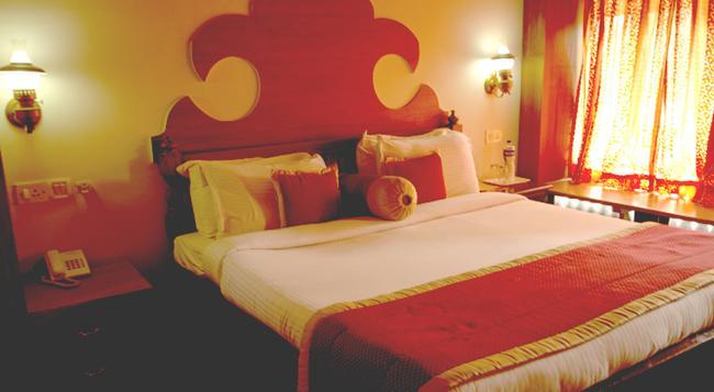 The Lake Village Resort - Kottayam - Bedroom