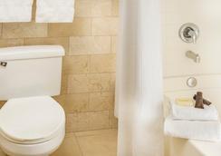 Ayres Hotel Anaheim - Anaheim - Bathroom