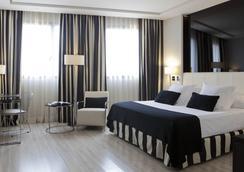 Maydrit Hotel - Madrid - Bedroom