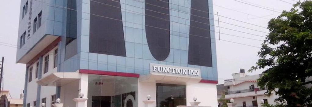 Function Inn - Lucknow - Building