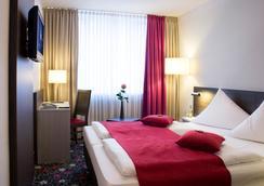 Mirabell München - Munich - Bedroom