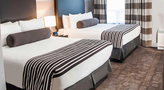 Sandman Signature Mississauga Hotel - Mississauga - Bedroom