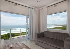 The Robberg Beach Lodge - Plettenberg Bay - Outdoor view