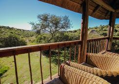 Bukela Game Lodge - Fowlds - Outdoor view