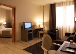 Hotel SB Ciutat de Tarragona - Tarragona - Bedroom