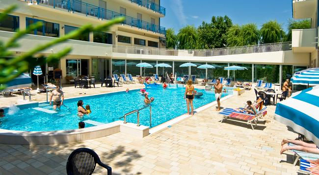 Hotel Miami - Jesolo - Pool