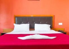 Swimsea Beach Resort (A Beach Property) - Panaji - Bedroom