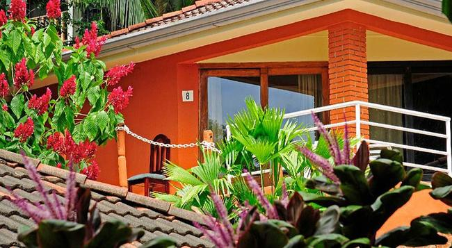 Villa Teca - Quepos - Building