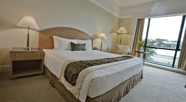 The Royale Bintang Resort & Spa Seremban - Seremban - Bedroom